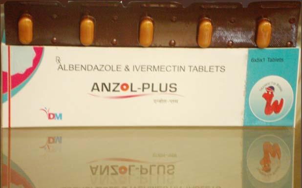 Albendazole et ivermectine